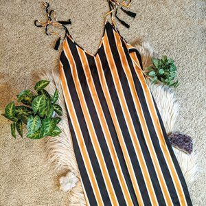 Forever 21 Gold and Black Striped Maxi Dress